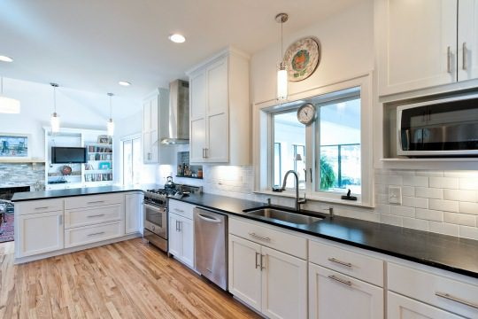 clean-white-kitchen